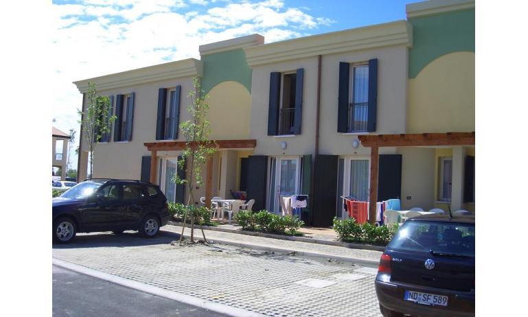 résidence ALLE FARNIE: place de parking (exemple)