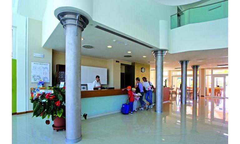 Hotel MAREGOLF: Reception