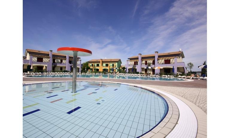 residence LE GINESTRE: piscina bambini