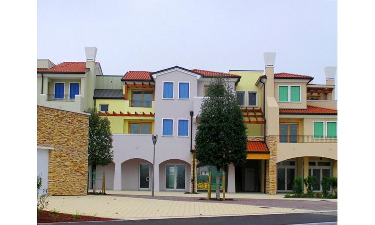 residence VILLAGGIO AMARE: external view of house