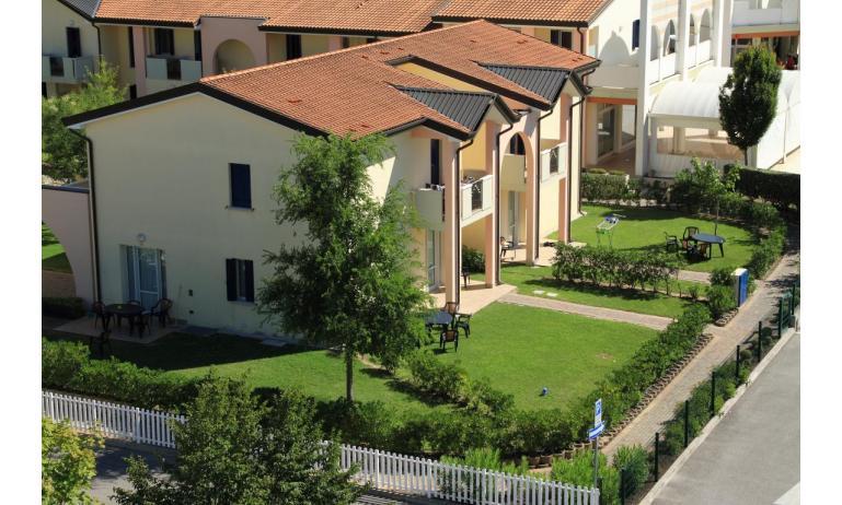 residence LA QUERCIA: villetta a schiera (esempio)
