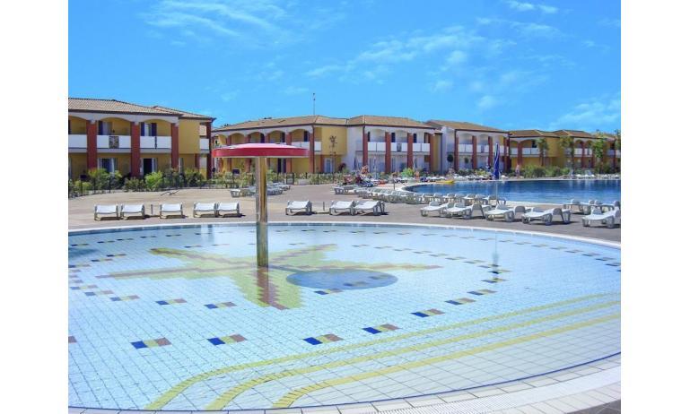 residence AI PINI: piscina bambini