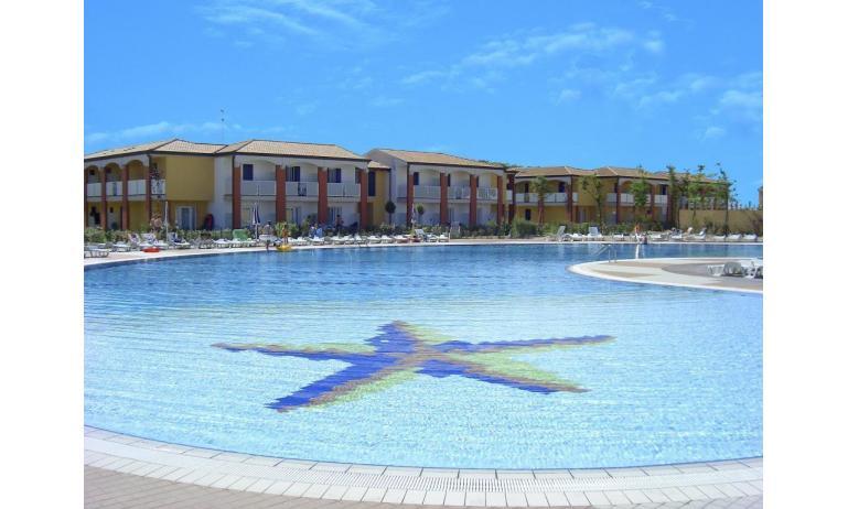 residence AI PINI: piscina