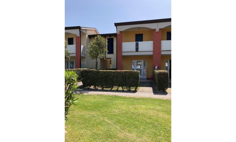 residence AI PINI: C7V - esterno villetta (esempio)