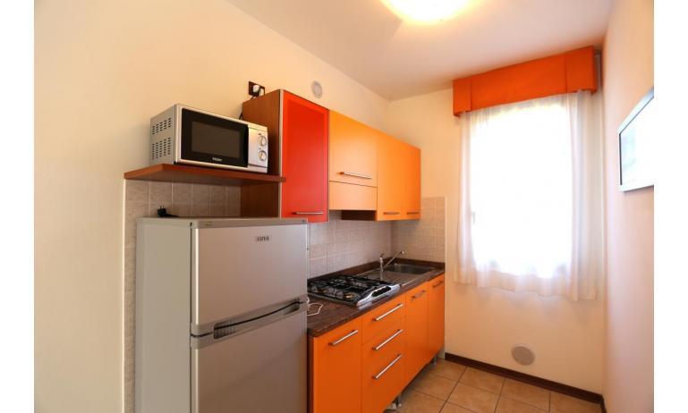 residence LA QUERCIA: B5V - angolo cottura (esempio)