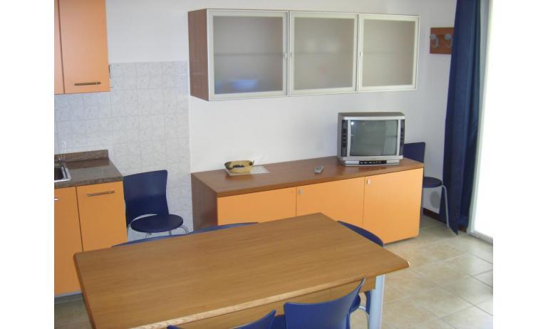 residence LA QUERCIA: C7V - soggiorno (esempio)