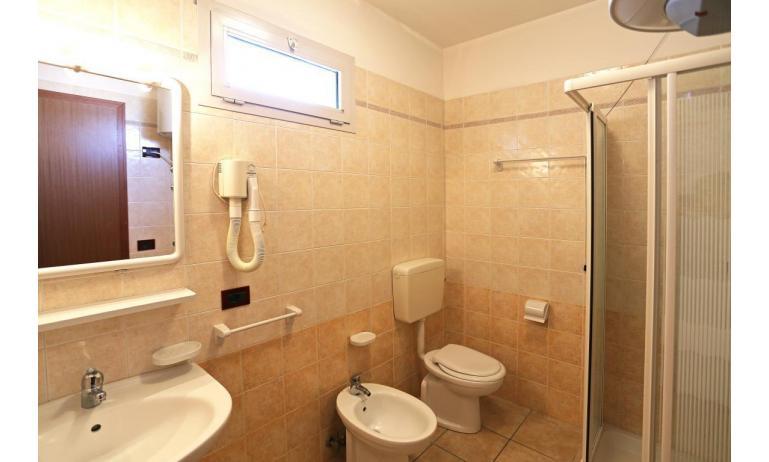 residence LA QUERCIA: C7 - bagno (esempio)