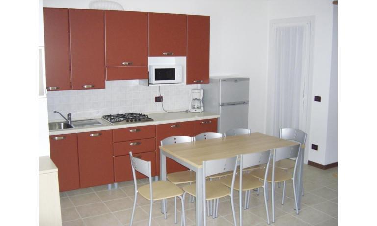 residence AI PINI: B5 - angolo cottura (esempio)
