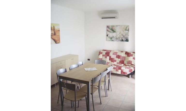 residence AI PINI: C7 - soggiorno (esempio)