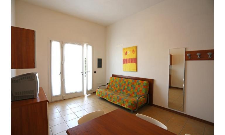 résidence ALLE FARNIE: B5V - salon (exemple)