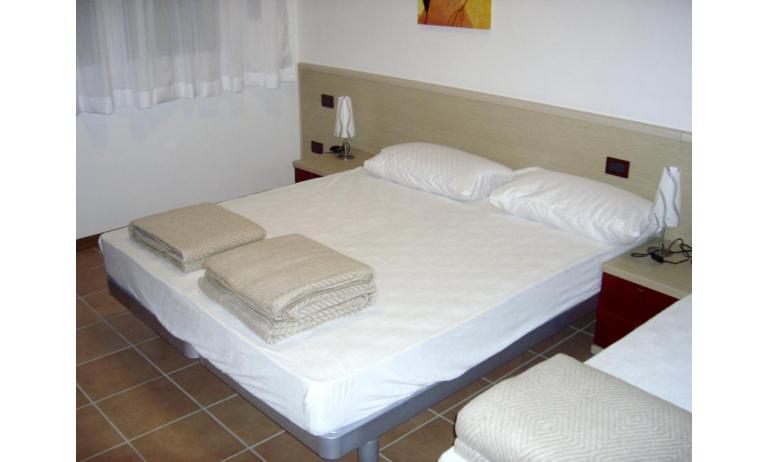 résidence ALLE FARNIE: C7 - chambre à 3 lits (exemple)
