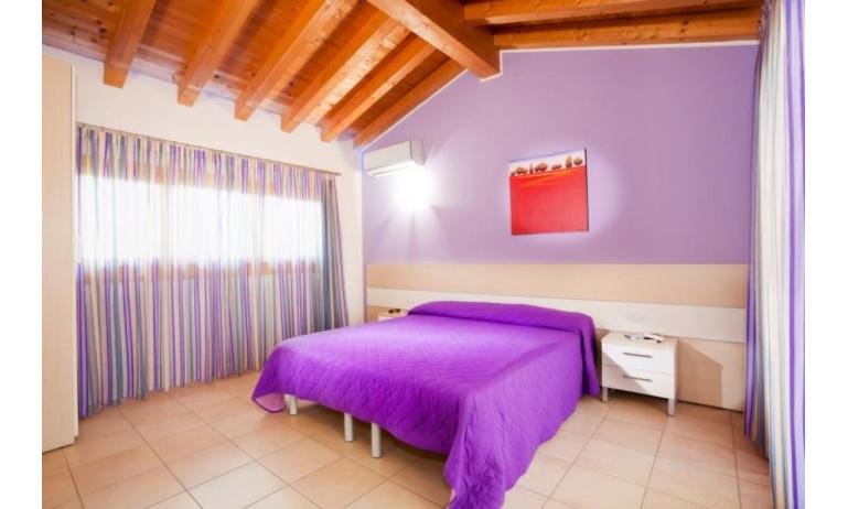 residence VILLAGGIO AMARE: D8/M - mansard roof bedroom (example)