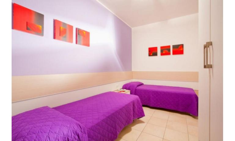 residence VILLAGGIO AMARE: D8/M - twin room (example)