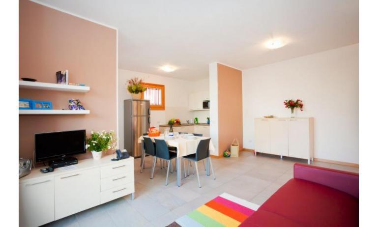 residence VILLAGGIO LAGUNA BLU: C6/I - zona giorno