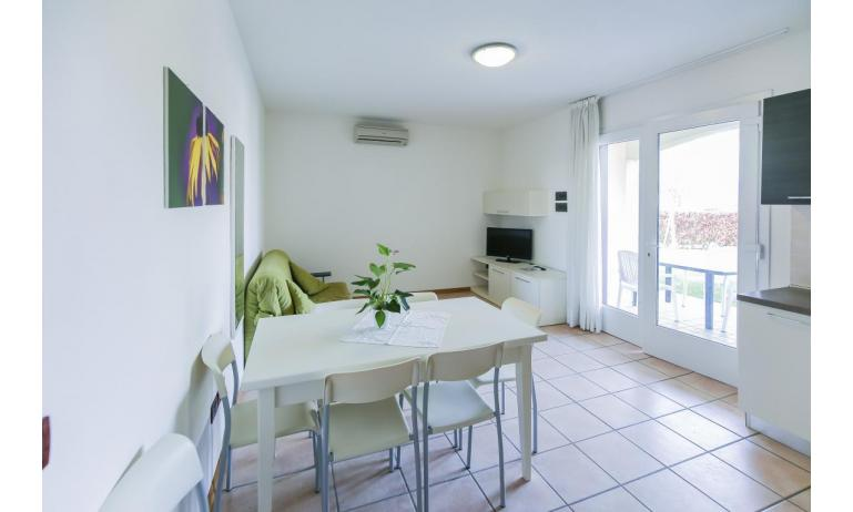 residence LE GINESTRE: B5V - soggiorno (esempio)