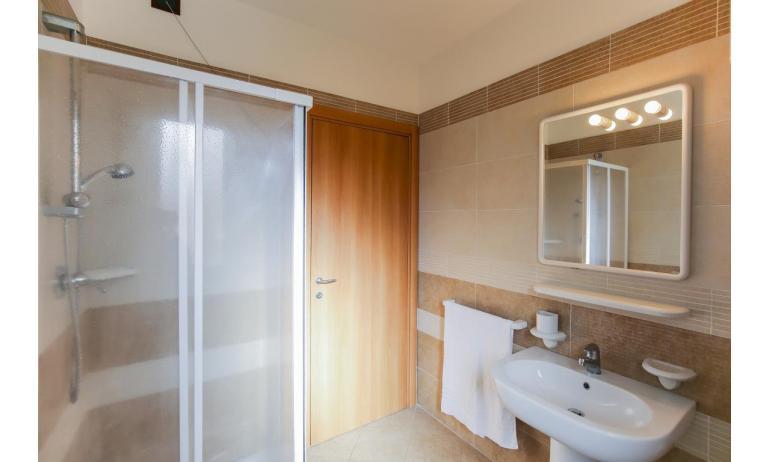residence LE GINESTRE: C7 - bagno (esempio)