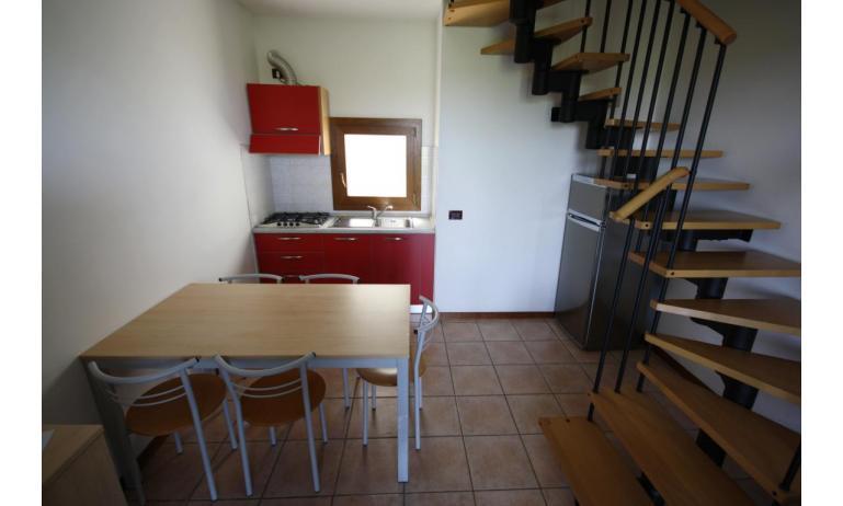 residence GIARDINI DI ALTEA: B5V - angolo cottura (esempio)