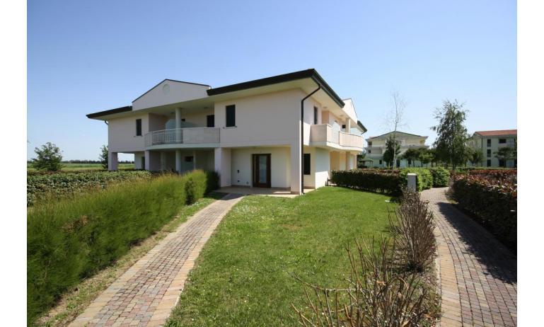residence GIARDINI DI ALTEA: B5V - esterno (esempio)