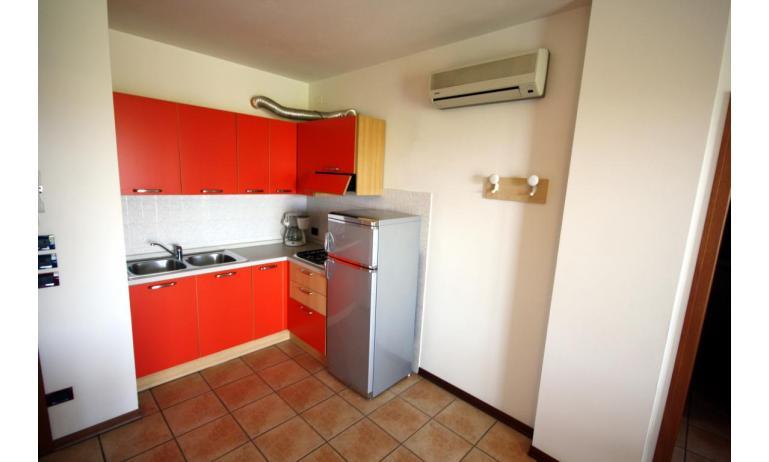 residence GIARDINI DI ALTEA: C7 - angolo cottura (esempio)