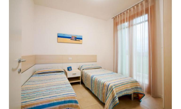 residence VILLAGGIO AMARE: C6/IR - twin room (example)